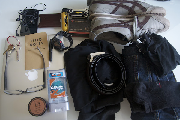 Image of everything that I pack in the bag