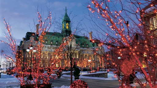 Montreal City Hall at Christmas, Quebec, Canada.jpg