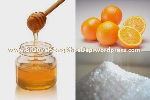 Hổn hợp vỏ cam, tnh dầu, tinh bột nghệ, sữa tươi sẽ giúp dưỡng da và trị mụn trứng cá, trị mụn đầu đen hiệu quả