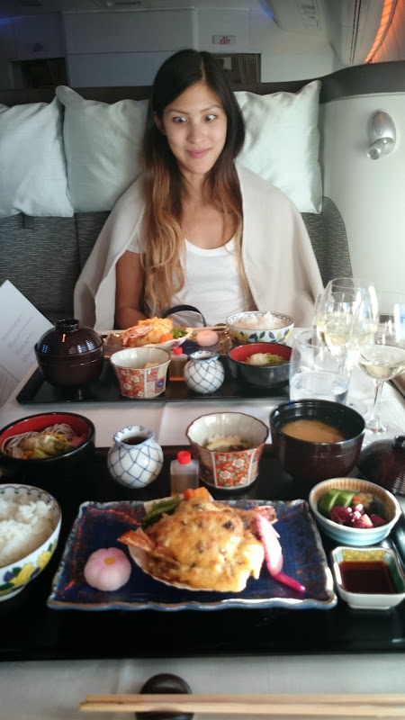 DSC 2942 - REVIEW - Cathay Pacific : First Class - Hong Kong to Tokyo (B747)