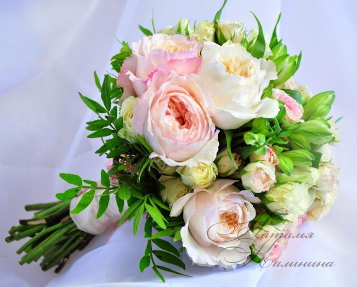 букет невесты 2015,букет невесты цена,свадебный букет невесты фото,свадебные букеты,свадебные букеты казань,свадебные букеты из пионовидных роз,дорогие свадебные букеты,оформление свадьбы в Казани