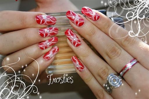 Red + white flower