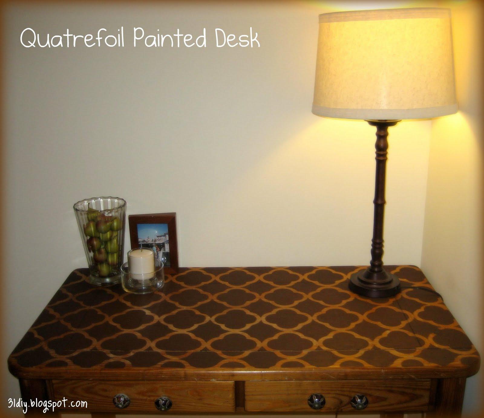 31 diy: Quatrefoil Painted Desk {tutorial}
