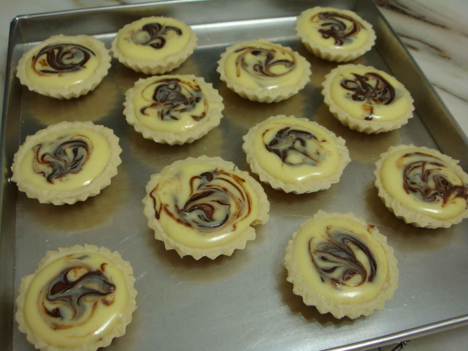 Nutella Cream Cheese Tarts