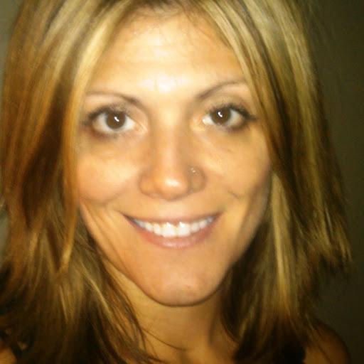 Pamela Lynch Photo 18