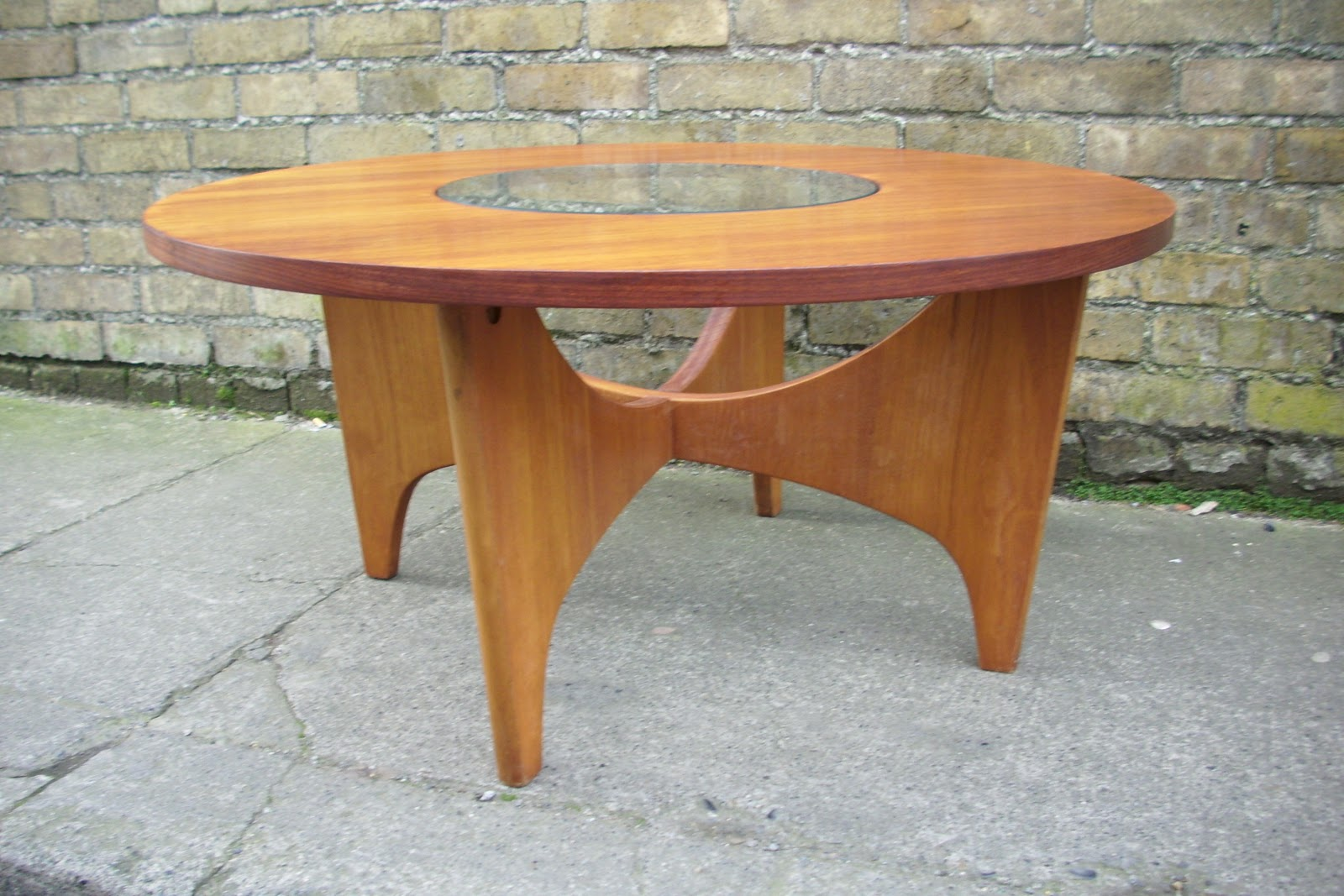 39 astro 39 style 60s coffee table