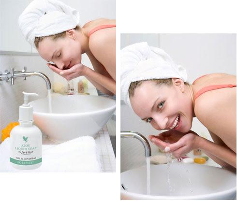 Aloe Liquid Soap Xà phòng nước được dùng như Sữa rửa mặt