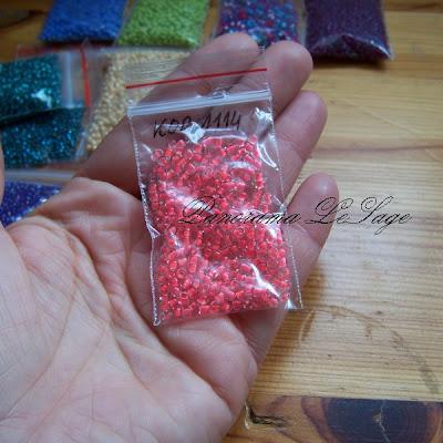 bazar dekoracji koraliki szklane małe