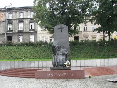Pomnik papieża w Przemyślu