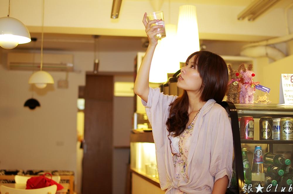 08/27 外拍 ~ 小連