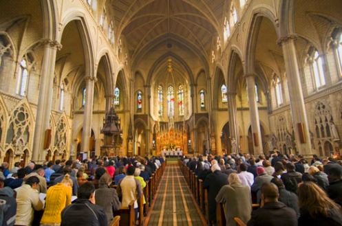 https://lh5.googleusercontent.com/-aQMyM7aO-54/TYKnjTfZ53I/AAAAAAAAAC4/xW7K3l47tLk/s1600/christianity-vs-catholicism.png