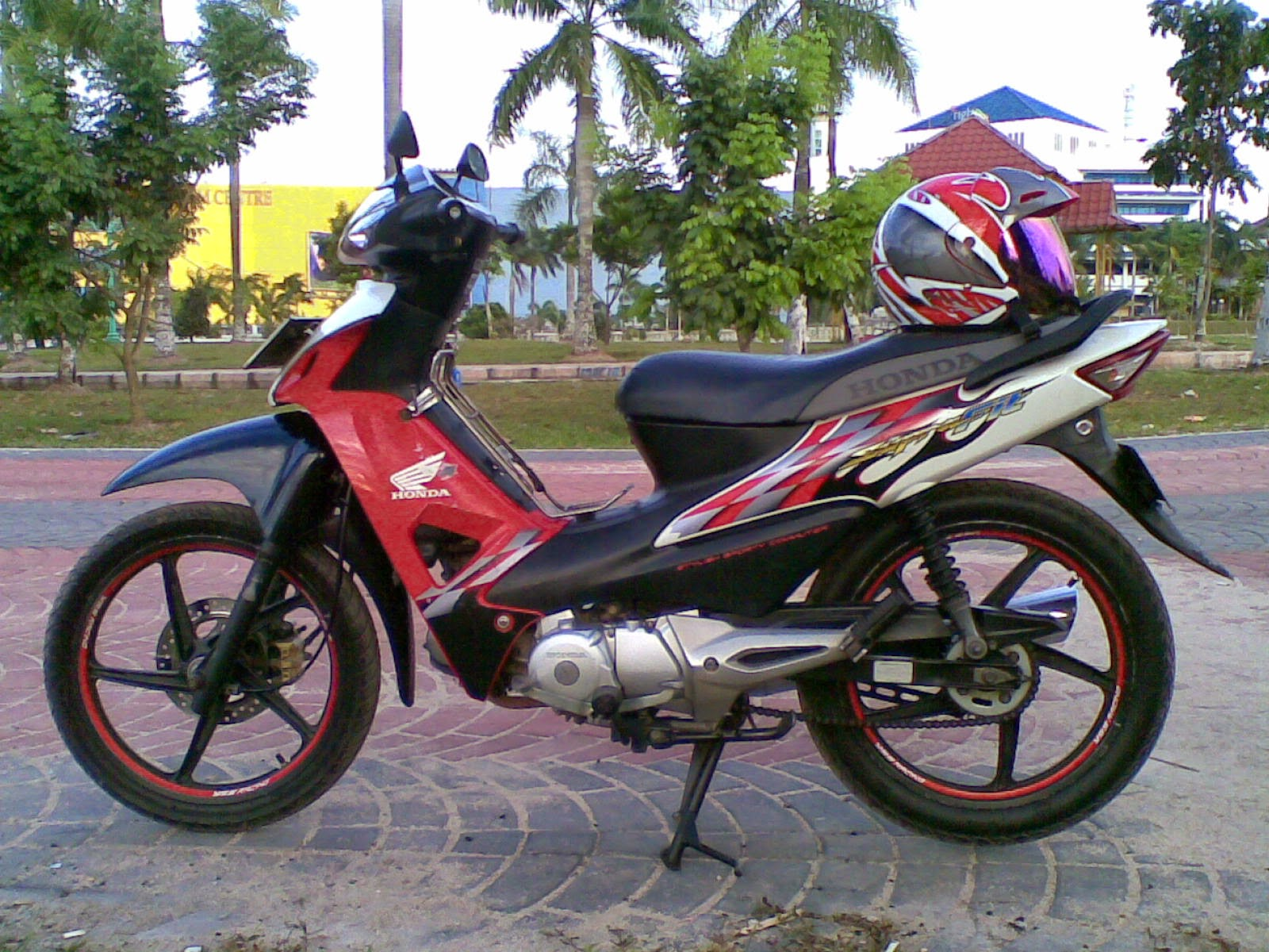 Supra Fit Modifikasi Touring