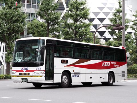 京王バス東「中央高速バス富士五湖線」 K60254