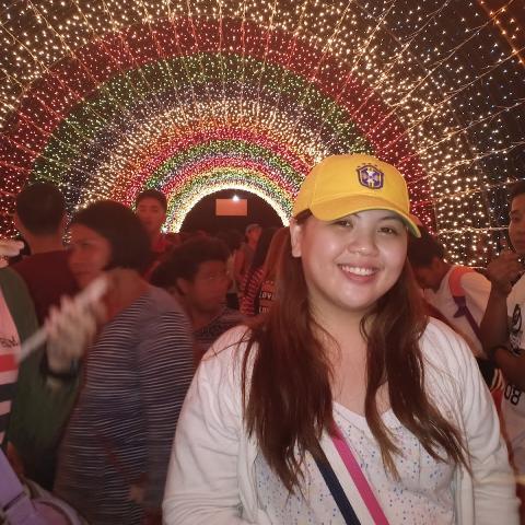 Justine Aquino Photo 8