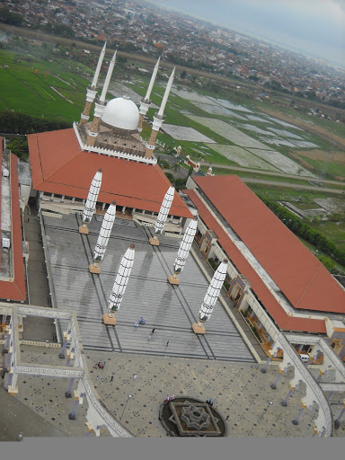 Eagle View of Masjid Agung Semarang (from the top of Al Husna Tower)