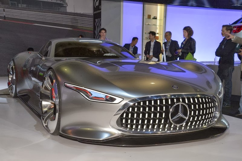 Mercedes benz amg vision gran turismo concept for Sports car mercedes benz