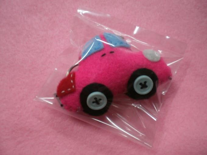 Keychain Kereta Pinky