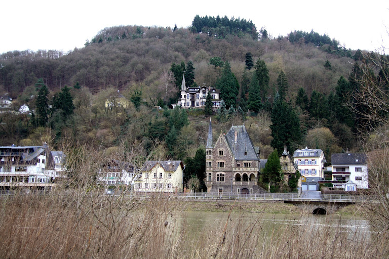 cruising the moselle valley.