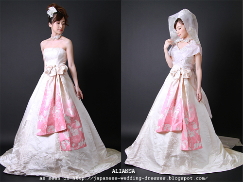 Japanese Wedding Dresses Beyond the Kimono: Aliansa\'s Modern ...