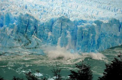 Lo scioglimento del ghiacciaio a Santa Cruz, nella Patagonia Argentina 2