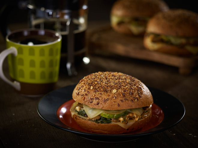 New Starbucks Breakfast Sandwiches | www.thepeachkitchen.com
