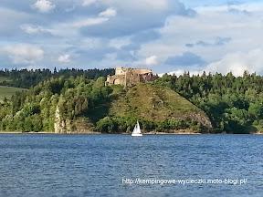 na zdjeciu zamek Czorsztyn