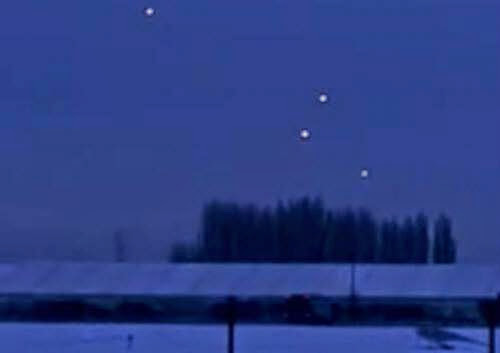 Ufo Sightings Amazing Glowing Orbs Over Nottingham England January 17 2013
