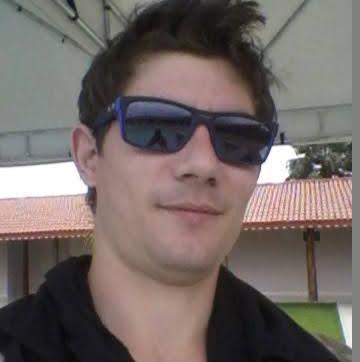 Elton Piovani
