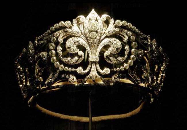 Joyas de la familia real Española Floresdelis