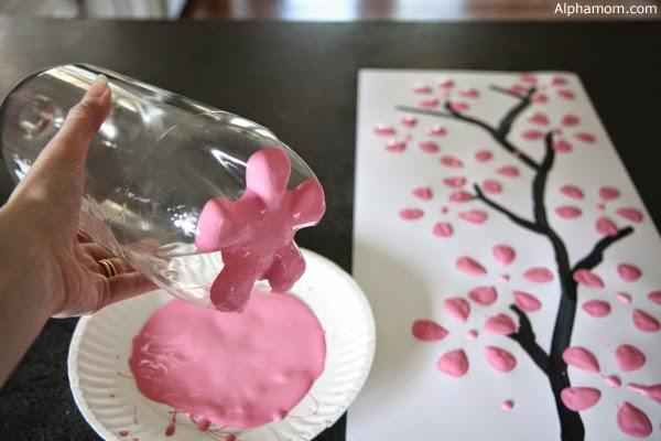 Pintura com garrafa PET