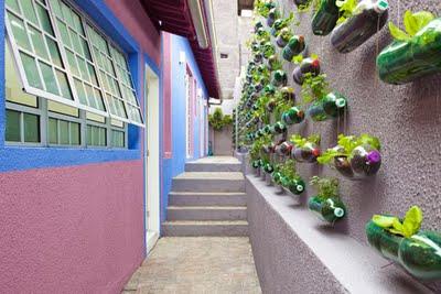 Decoração ecológica com garrafas pet