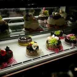 Extraordinary Desserts's profile photo