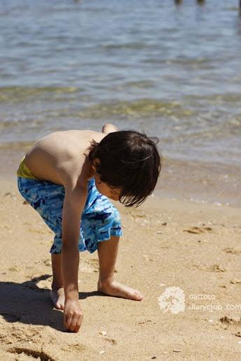 Enjoying the Sea Sand and Sun �ҡ�ȴ�� ���١����Ƿ�������������