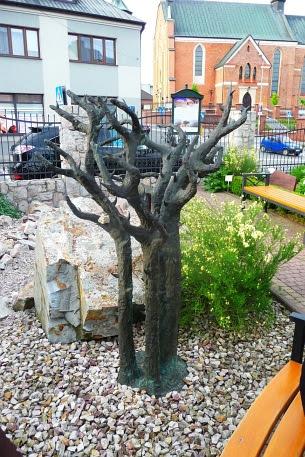 Gorejący Krzew wykonany z brązu