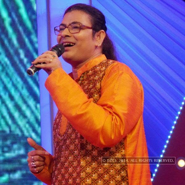 Surojit Chatterjee during a fun game show, in Kolkata.
