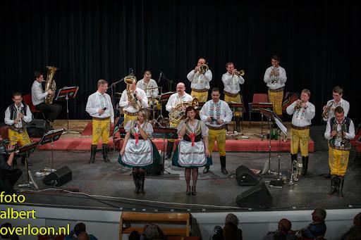 Blaaskapel Freunde Echo met Tufaranka Overloon 19-04-2014 (57).jpg