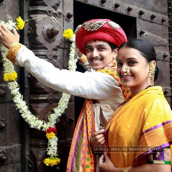 Alok Rajwade and Parna Pethe visit Shaniwar Wada to promote their film in Pune.