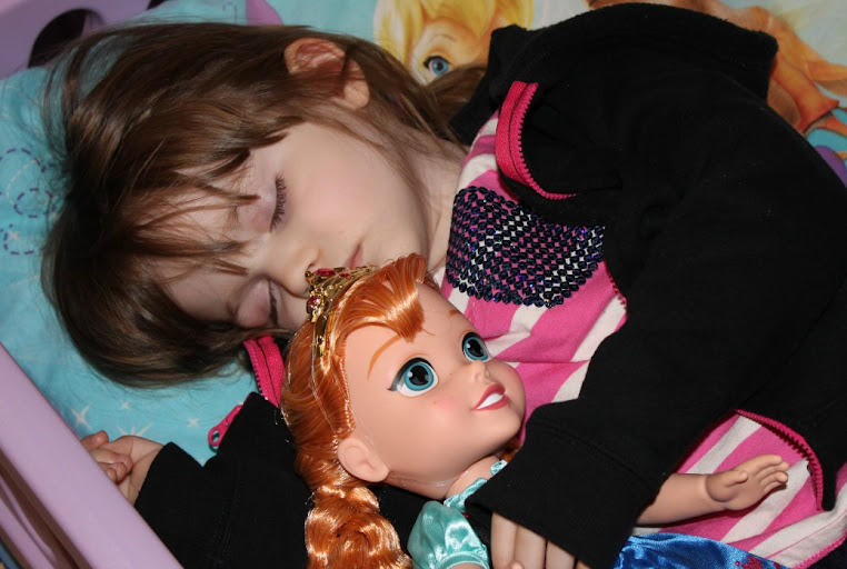 Bubbles Loves her New Disney FROZEN Anna Friend #FrozenFun #shop
