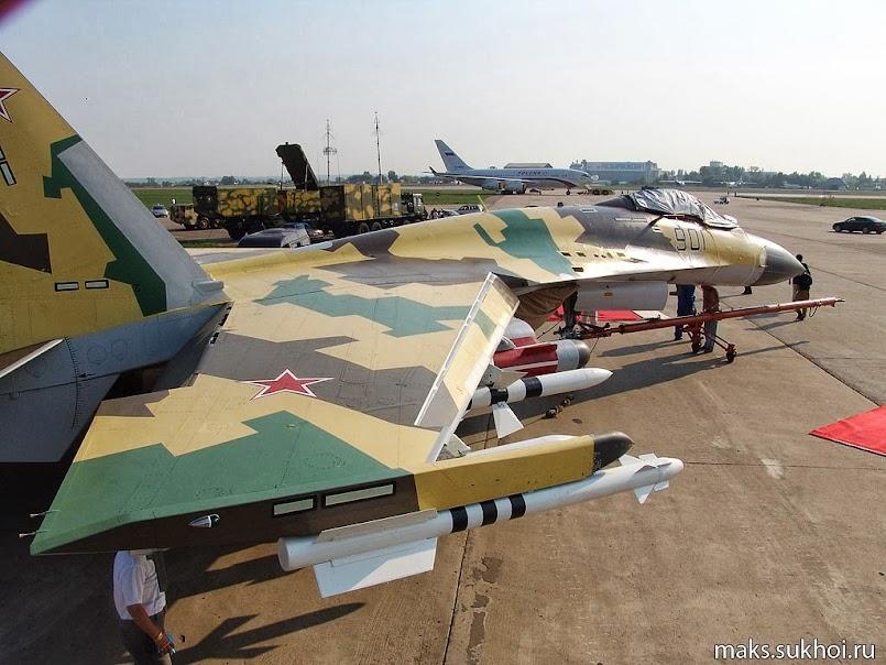 Hình ảnh Su-30MK2 mang vũ khí
