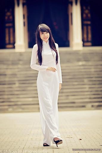 Ảnh girl xinh Việt Nam trong bộ áo dài truyền thống P1