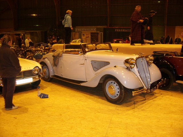 Salon des véhicules anciens les 3 et 4 novembre 2012 SSA50077