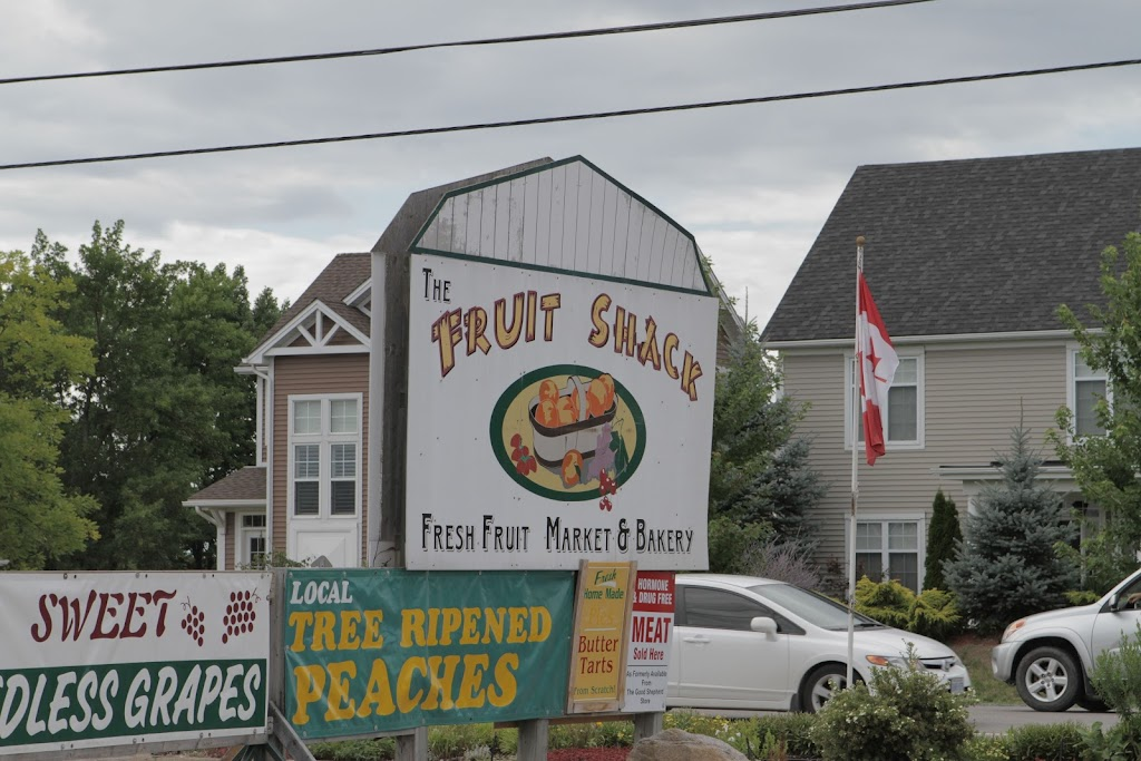 The recognisable Fruit Shack sign on Niagara Stone Road.
