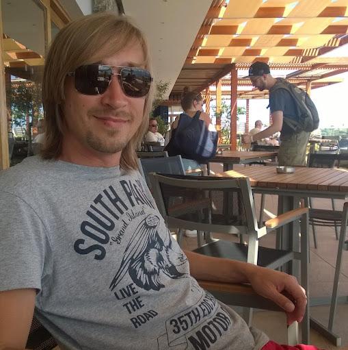 Евгений Лапкин