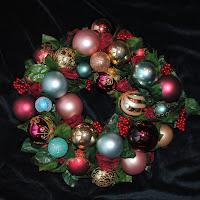 OWR8035 Joy Wreath Centerpiece