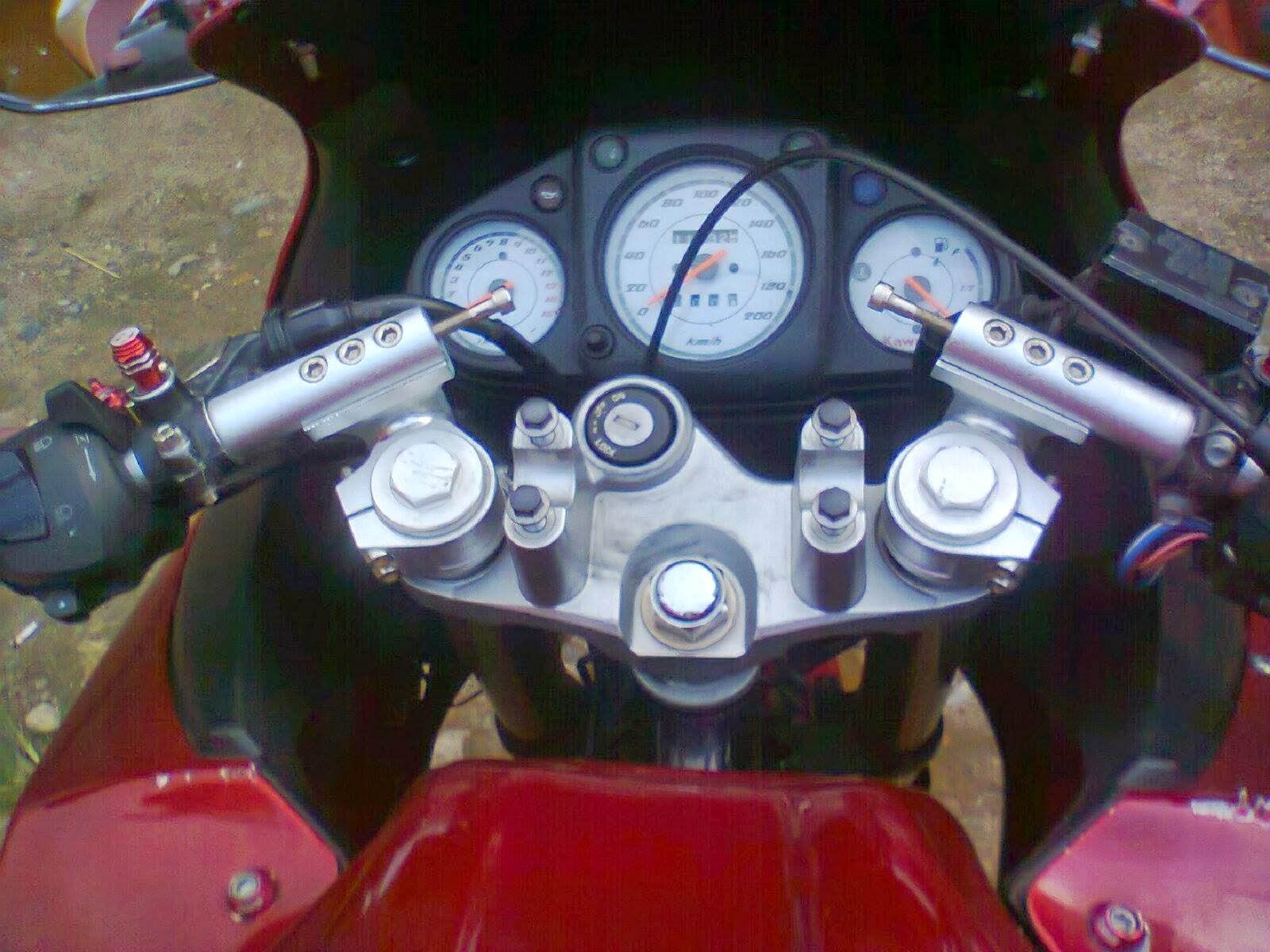 Modifikasi-Cb150r-Ala-Ninja-modifikasi-cb150r-terbaru-6022-IMG.JPG