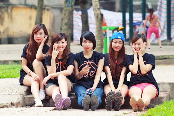 Thí sinh Miss Bóng Rổ khoe sắc tại công viên 9