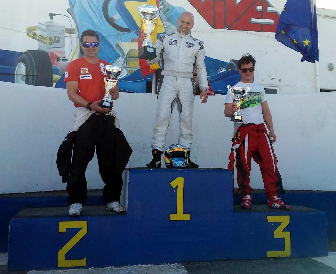 Miguel Costa (5), Felipe Soriano (8) y Miguel Pellicer (176)