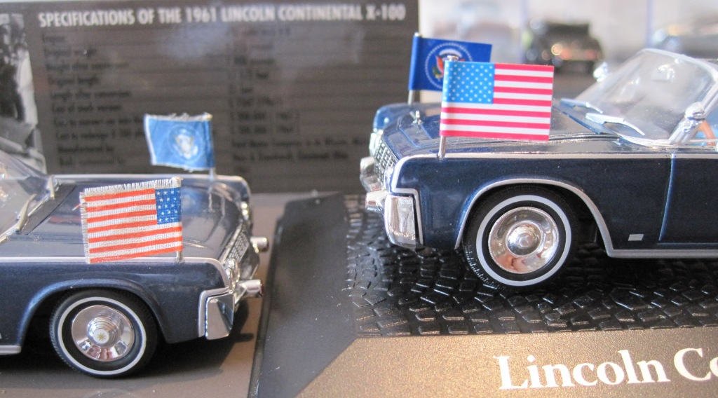 miniatura comparando os lincoln continental do john kennedy. Black Bedroom Furniture Sets. Home Design Ideas