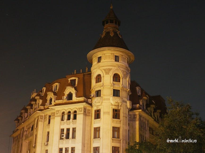 Bucuresti Bucharest noapte arhitectura stil art deco neoromanesc
