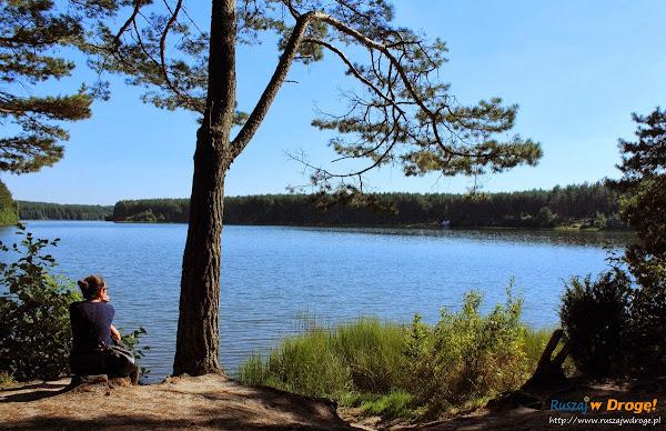 Kamienne Kręgi Gotów w Węsiorach - jezioro Długie